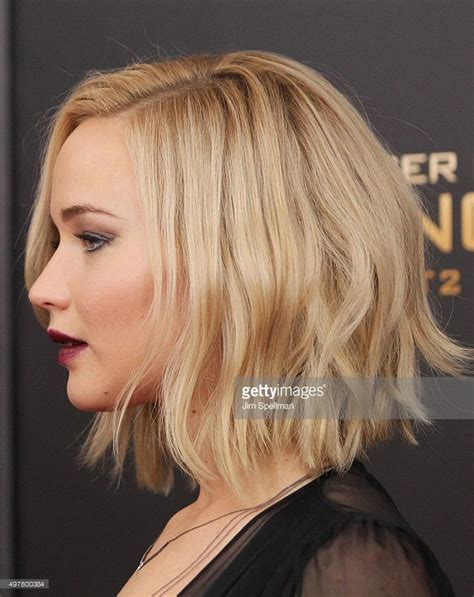 is jennifer lawrence hair cut above ears or just tucked behind 25 best ideas about jennifer lawrence haircut on