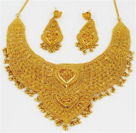 indian ornaments shopping in india 7 things to buy in india for your