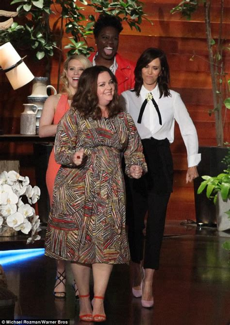 Scientologists Show Their Spirit by Ghostbusters Kate Mckinnon Reveals Leslie Jones Mistook