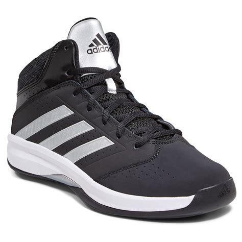adidas basketball shoes for boys adidas boys isolation 2 basketball shoes