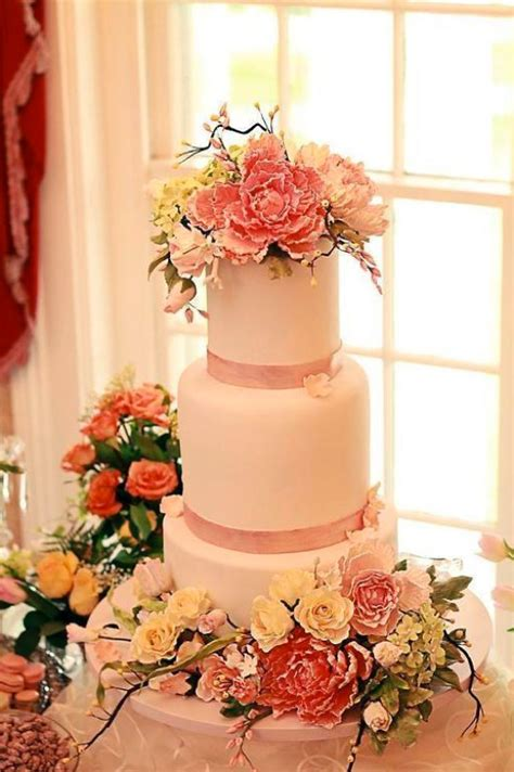 Sugar Wedding Cake Flowers by The Best Sugar Flower Wedding Cakes Exquisite Floral