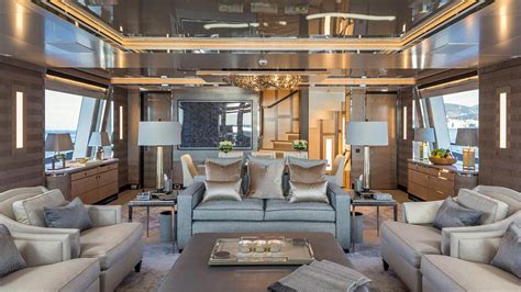 feadship superyacht kiss boat