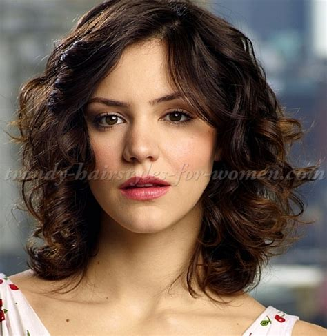 And Wavy Hairstyles Pictures by Haircuts For With Wavy Hair Hairs Picture