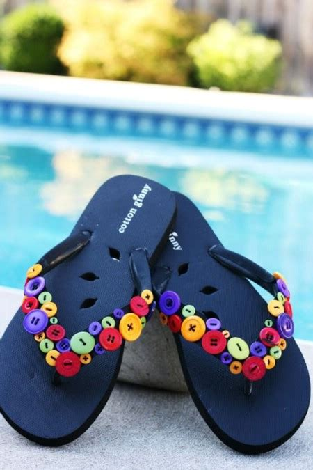 super comfortable flip flops 15 super comfortable flip flops and sandals you can diy