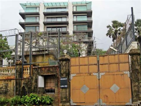 srk house shahrukh khan alleged of encroachment bjp mp gets