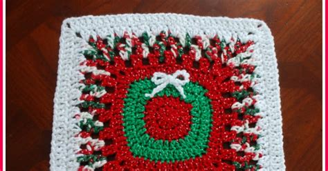 posh pooch designs dog clothes 10 christmas wreath 12