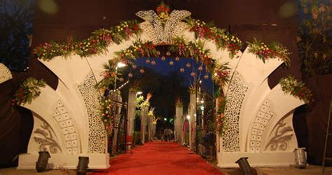 wedding gate flower decoration girgaon mumbai id