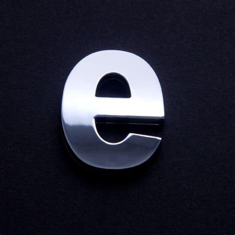 Buchstaben Aufkleber Klein by Klein Buchstabe Chrom Quot E Quot Chrom Buchstaben Autoaufkleber