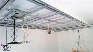 unterkonstruktion decke abgeh 228 ngte decke mit indirekter beleuchtung lichtvouten