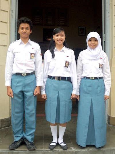 Bahan Kain Seragam Sekolah jual kain seragam sekolah dan kantor toko ninbo