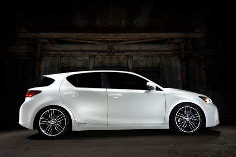 lexus ct200 custom carscoop lexus bringing five customized hybrids plus ct