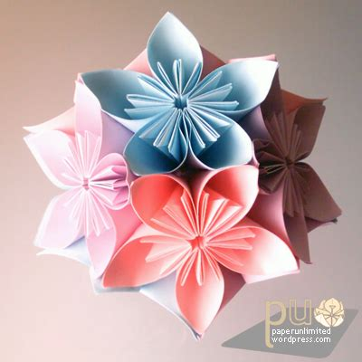 Japanese Flower Origami - kusudama glued paper unlimited page 2
