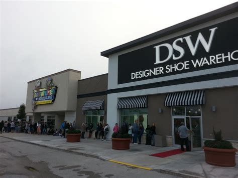 designer shoe warehouse designer shoe warehouse opens in ctv news