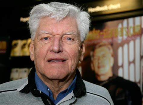 Wears Of David david prowse played darth vader in the original wars