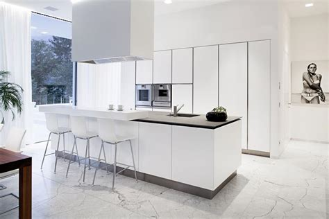 19 of the most stunning modern marble kitchens marble 22 stunning kitchens with tile floors page 5 of 5