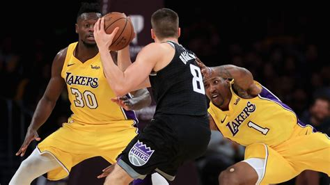 luke walton to lakers takeaways from coachs introductory press five takeaways from the lakers 99 86 win over the