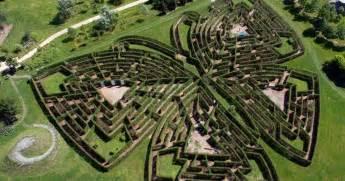 jardins de colette et labyrinthe g 233 ant varetz tourisme