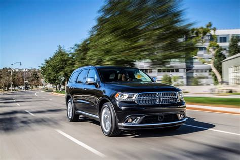 chrysler suv canada chrysler issues a worldwide recall of 867 795 suvs