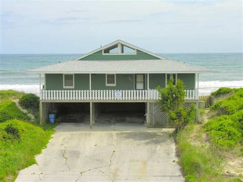 emerald isle beach house rentals crystal coast rentals emerald isle rentals harbor lights 4 bedroom oceanfront