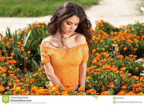 imagenes que hermosa mujer mujer hermosa con el pelo marr 243 n largo sobre co de