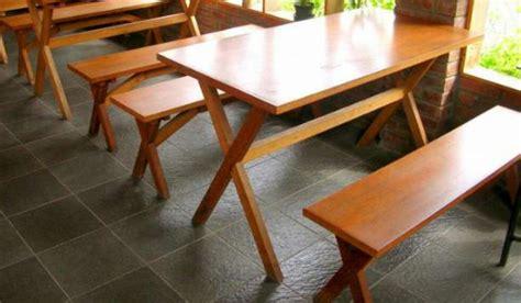 Meja Kursi Warung Makan kebiasaan saat makan di luar rumah yang secara tidak sadar