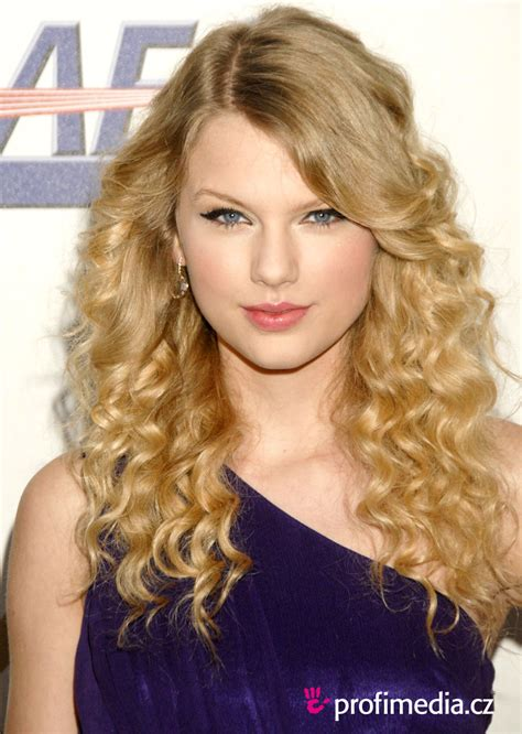 taylor swift pubic hair taylor swift hairstyle easyhairstyler