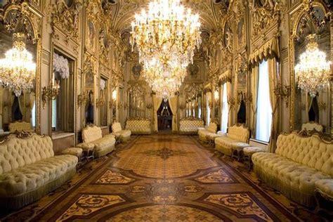 consolato madrid vuelven las visitas programa bienvenidos a palacio