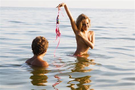 bailes en playas nudistas top nine places in st louis to go skinny dipping
