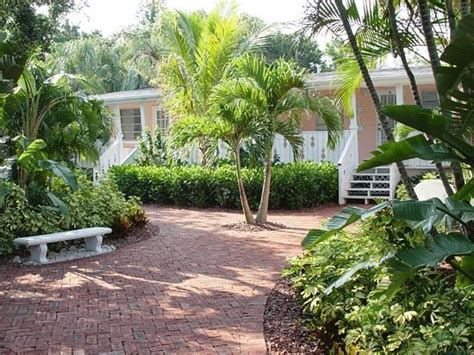 siesta key bed and breakfast family reunion review of siesta key bungalows siesta key tripadvisor
