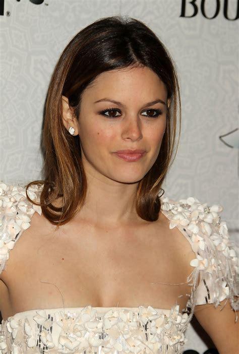 shoulde length with a flip rachel bilson flip shoulder length hairstyles lookbook