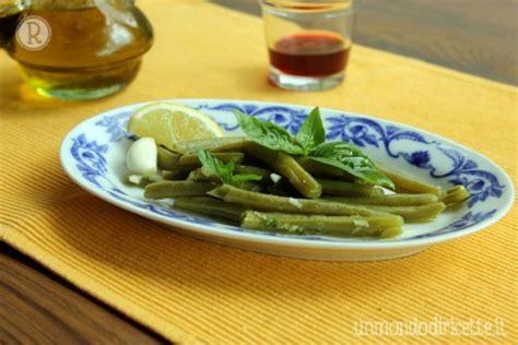 cucinare fagiolini lessi fagiolini lessi con aglio menta basilico e limone un
