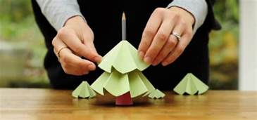 How To Make Decorations Out Of Paper - make tree out recycled paper papercraft
