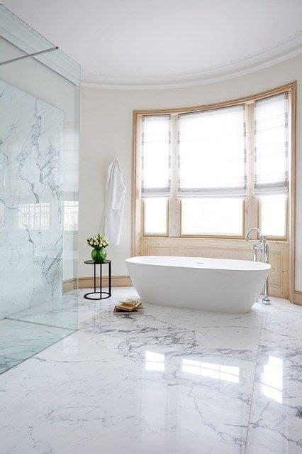 Calcutta Marble Bathroom by The 25 Best Marble Floor Ideas On Marble