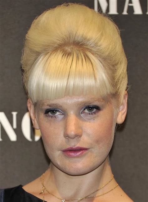 short hair styles for crossdressers updo hairstyles crossdressers newhairstylesformen2014 com