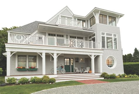 Bow And Bay Windows a collection of iconic new england homes window source nh