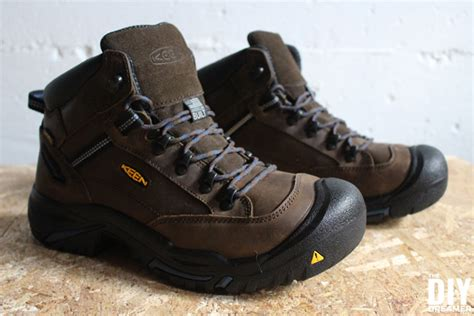 what kind of boots does agent keen wear on blacklist keen utility work boots safety footwear for diyers