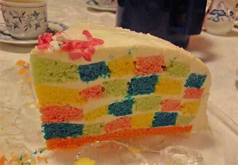 bunte kuchen bunte regenbogen schachbrett torte rezept mit bild