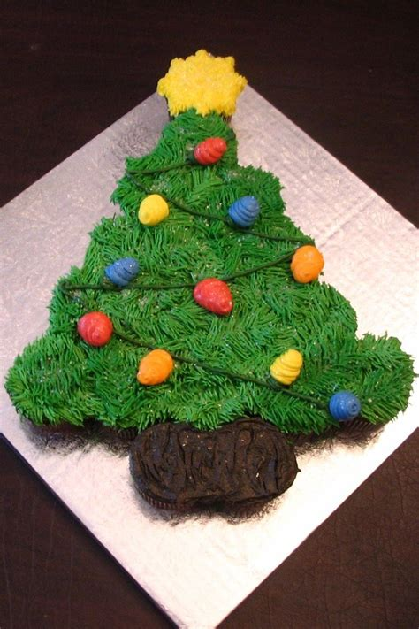 christmas tree cupcake cake elllo cupcake pinterest