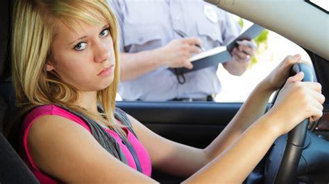 Darf Man Ohne Versicherung Autofahren by F 252 Hrerschein Und Zulassung Was Passiert Wenn Ich Ohne