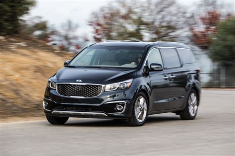 Used Kia Sedona 2015 2015 Kia Sedona Sxl Front Three Quarter In Motion 03 Photo 9