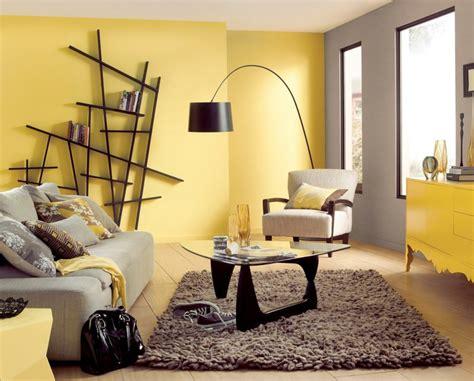 wohnzimmer wandfarbe wohnzimmer wandfarbe in gelb ideen f 252 r die k 252 che