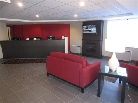 Comfort Inn Pickering Ontario by The Lobby Picture Of Comfort Inn Pickering Pickering