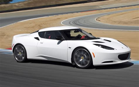 how cars work for dummies 2011 lotus evora electronic throttle control the lotus evora ambulance cuts response time in half