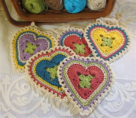 pattern of heart in crochet granny sweetheart crochet pattern allcrafts free crafts