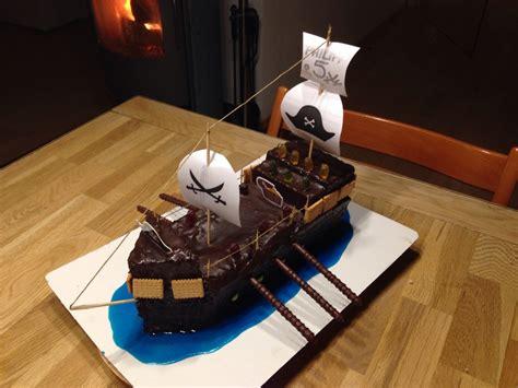 kuchen piratenschiff rezept piratenschiff geburtstags kuchen 224 la rezept mit
