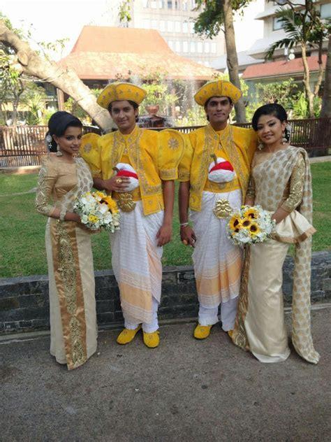Saranga Disasekara and singer Umali Thilakaratne wedding