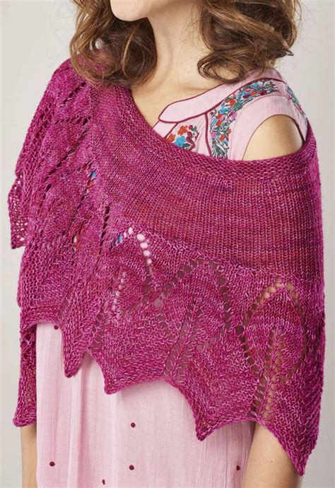 crescent shawl knitting pattern crescent shaped shawl knitting pattern free knitting