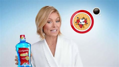 kelly ripa colgate commercial colgate total mouthwash tv commercial featuring kelly ripa