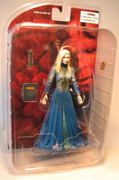 Figure Princess Nuala Mezco mezco hellboy ii princess nuala no label