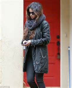 Expensive Rugs Selena Gomez Rugs Up In Thick And Wooly Winter For